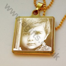 Personalised necklace 14k gold plated engraved photo pendant